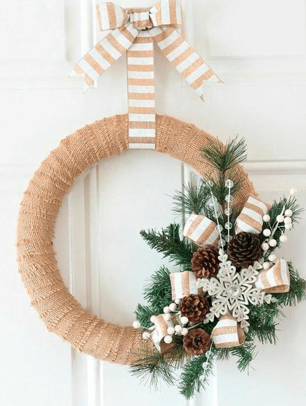 Guirlanda de Natal Dourada