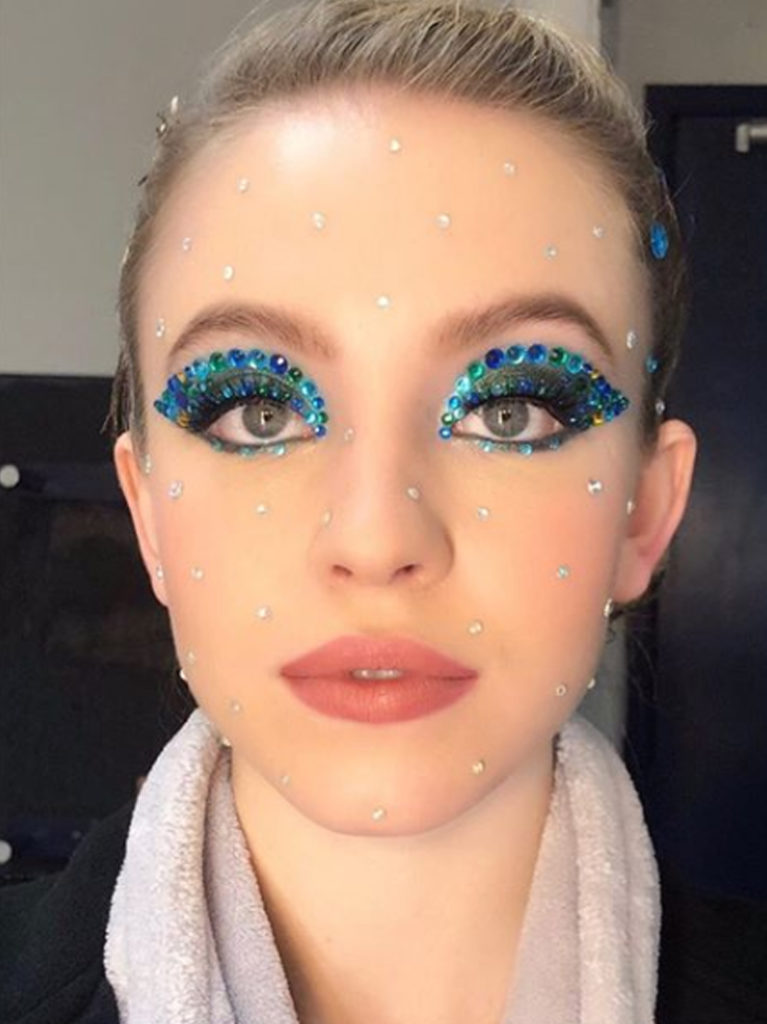 Máscara-de-glitter-e-lantejoula