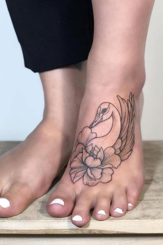 tatuagem pontilhismo 2020