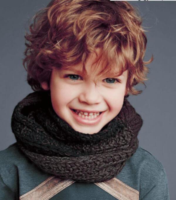 corte de cabelo infantil ondulado