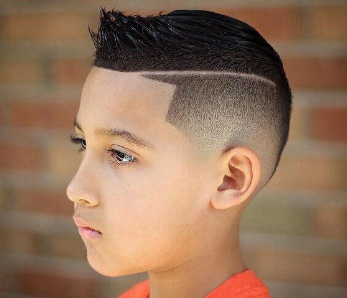 Corte de cabelo masculino com risquinho