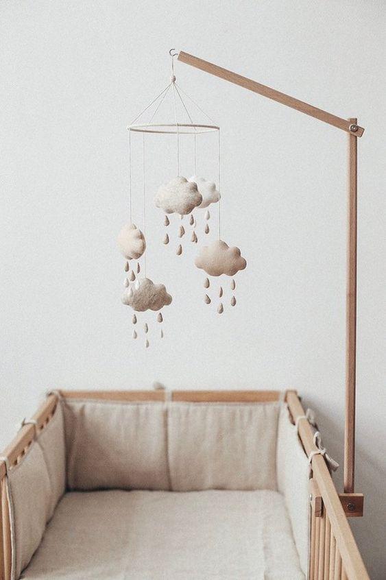 Móveis naturais para quarto de bebê