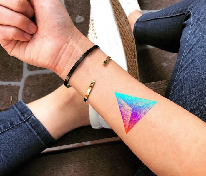 Tatuagem no Pulso – Pontilhismo 2020