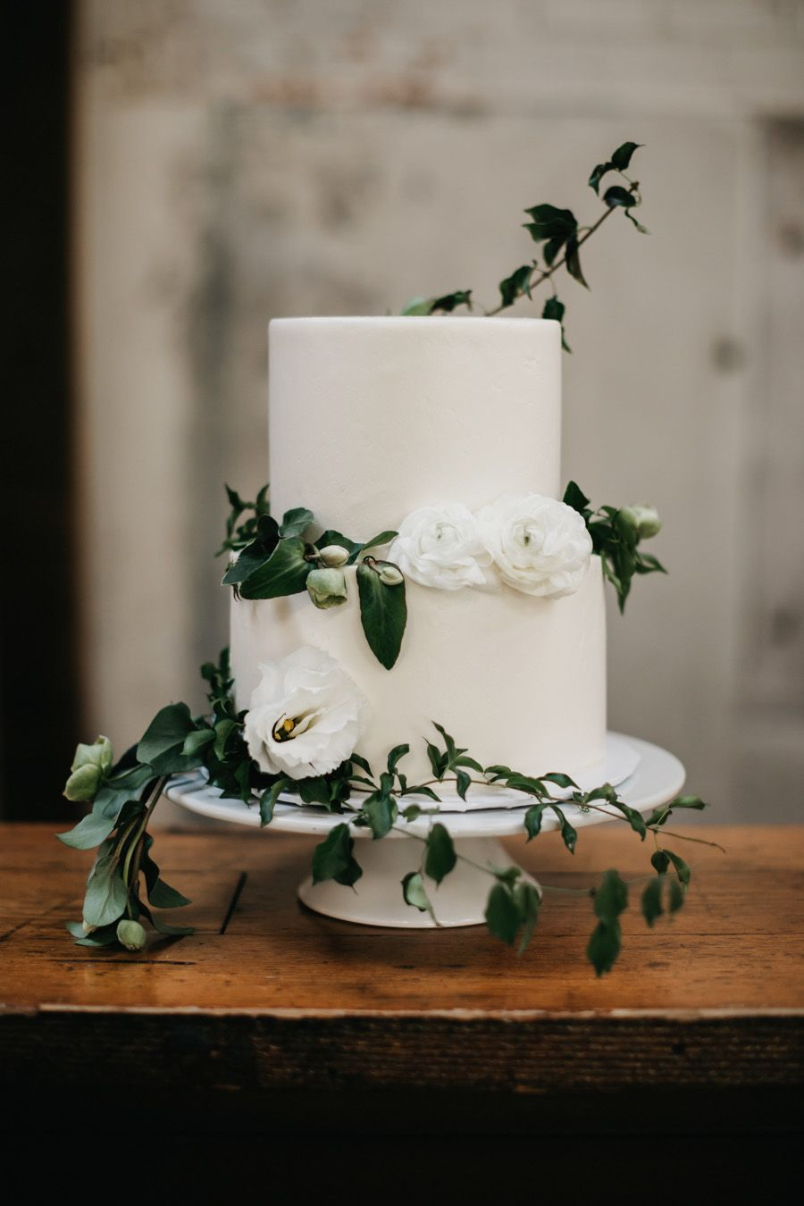 Bolo de casamento minimalista