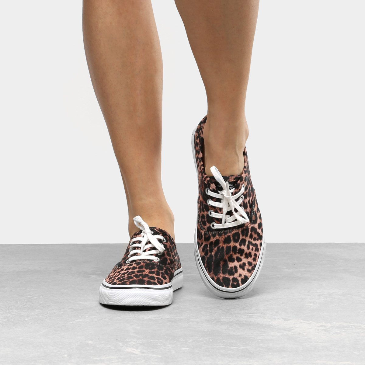 Tênis com estampa animal print 2020