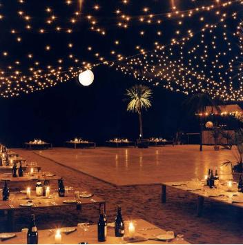 casamento à noite praia