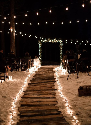iluminação em casamento na praia 2020