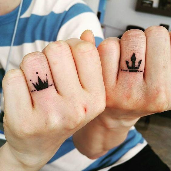 Tatuagem de rei e rainha para casais 2021