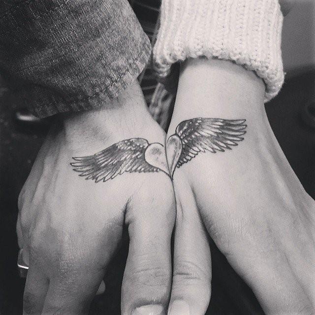 Tatuagens que se completam para casais 2021