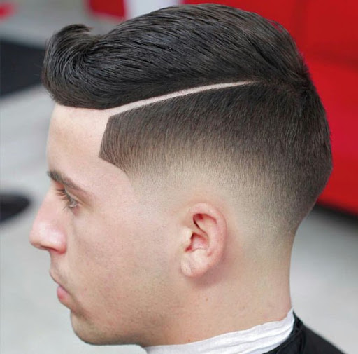 Corte de cabelo masculino com Listras 1