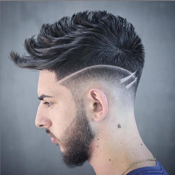 Corte de cabelo masculino com Listras