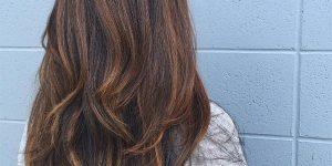 Cortes de cabelo longo em camadas