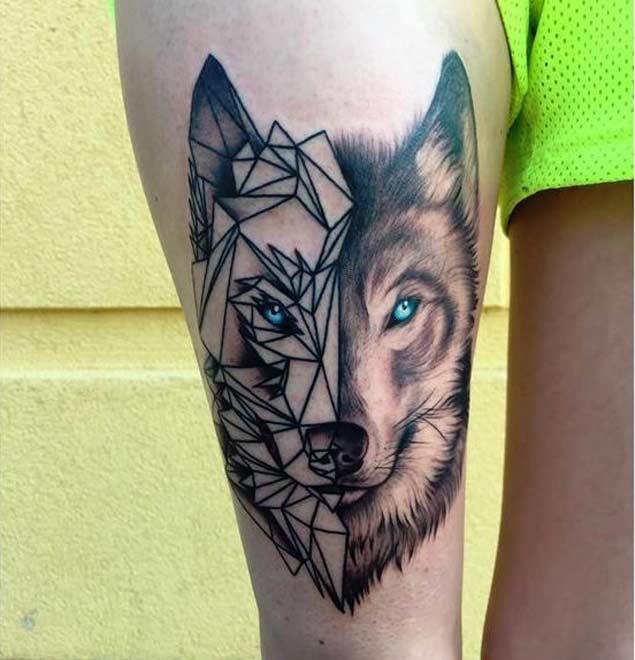 Tatuagem feminina de lobo geométrica 2021
