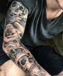 Tatuagens masculinas no braço full sleeve 2021