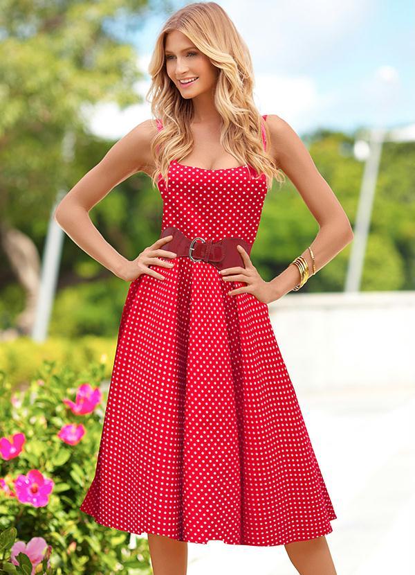 Vestido bonequinha vermelho poá