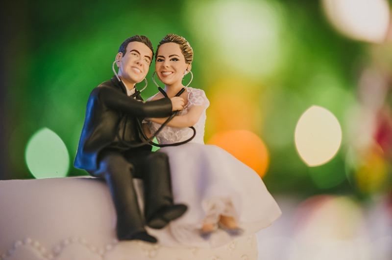 bonecos profissões topo do bolo de casamento
