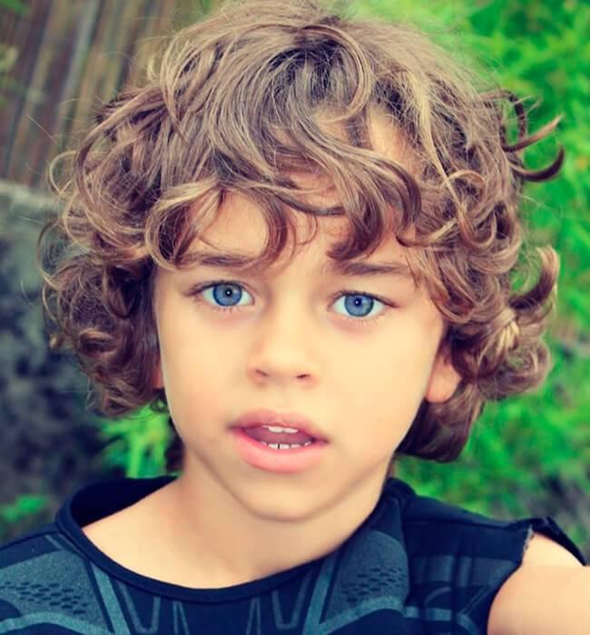 cabelo cacheado infantil