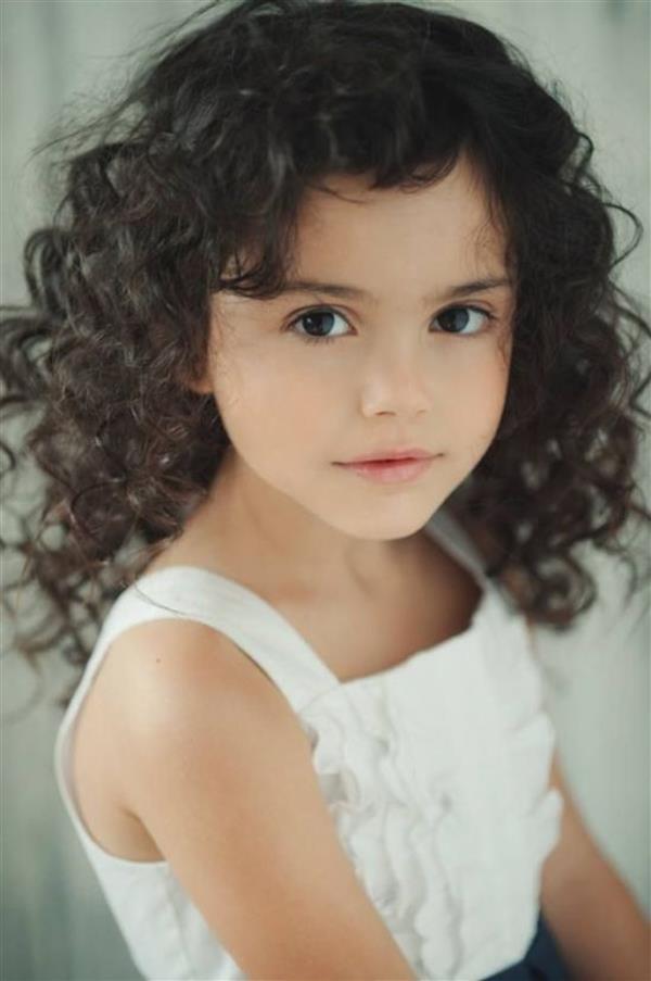 cabelo cacheado menina