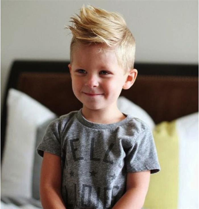 cabelo liso topete menino