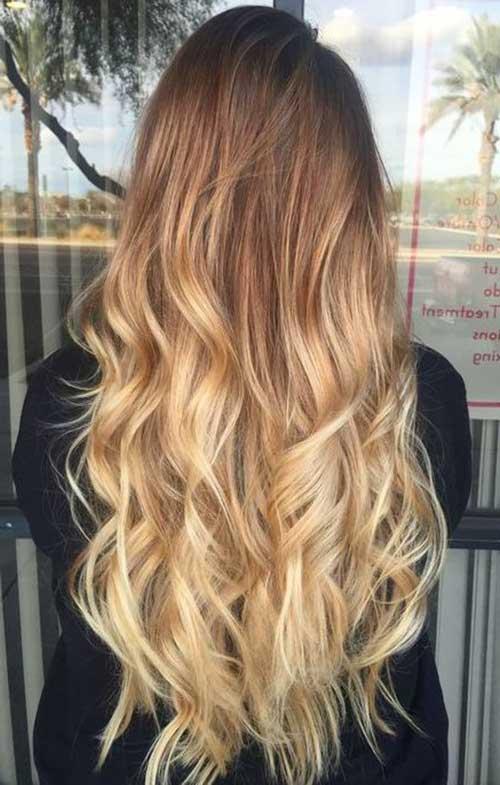 cabelo longo com luzes