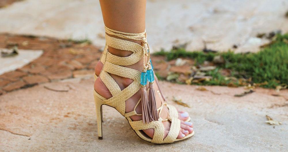 calçado de palha