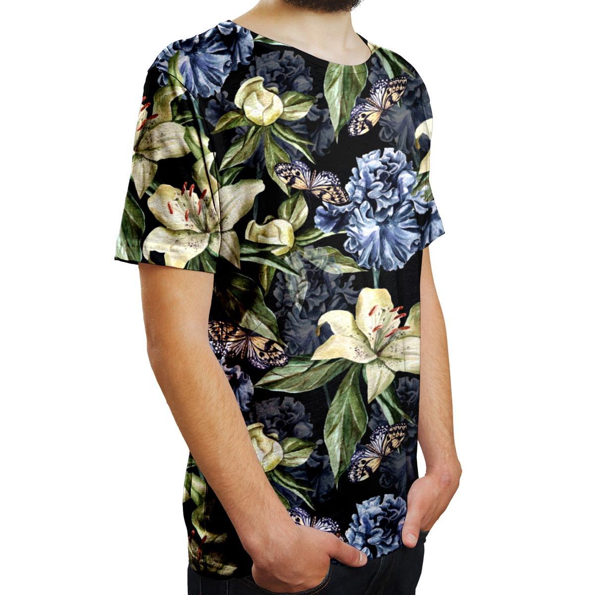 camiseta com estampa floral