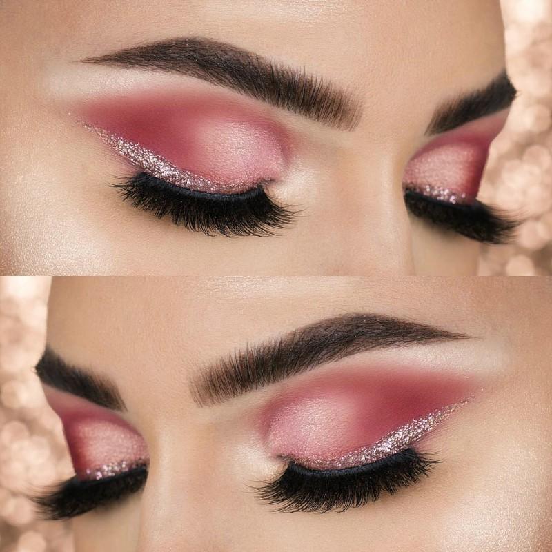 glitter no delineado dos olhos