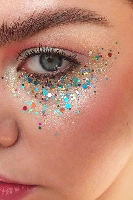 maquiagem de carnaval com glitter