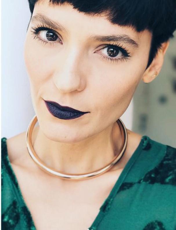 maquiagem noturna com batom colorido 2021