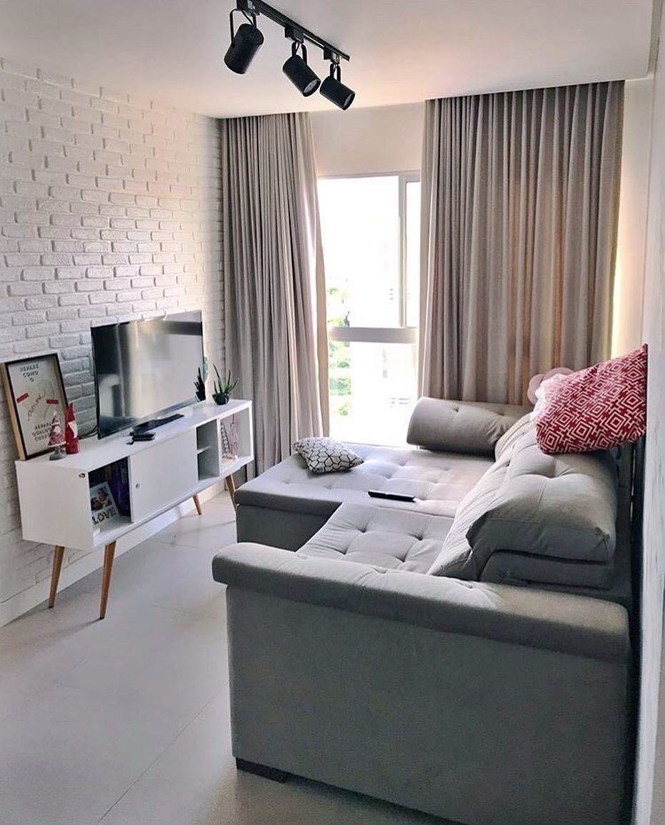 sala pequena com sofá retrátil