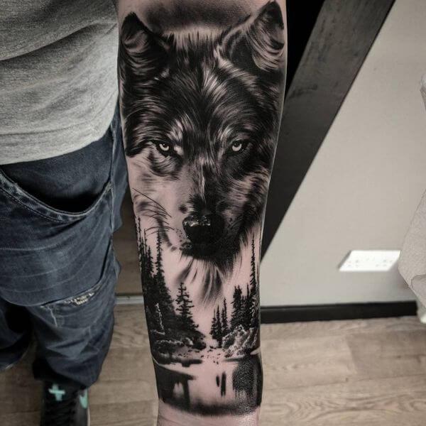 Tendência de tatuagem antebraço masculina animal 2021