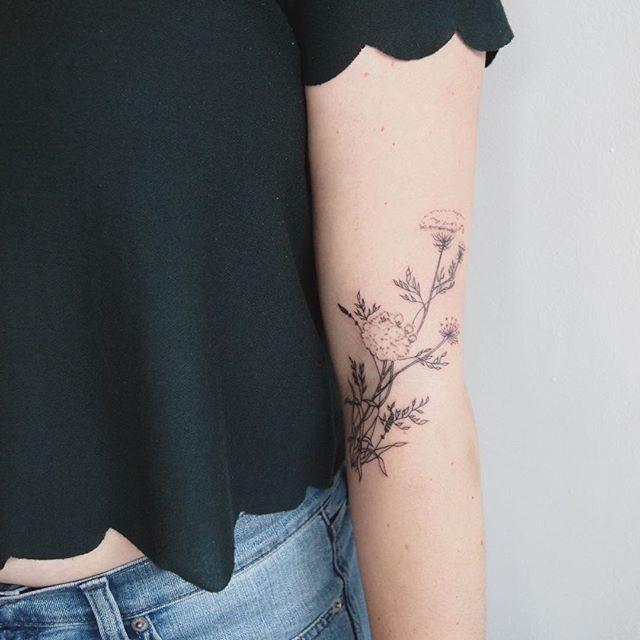 tatuagem delicada no braço 2021