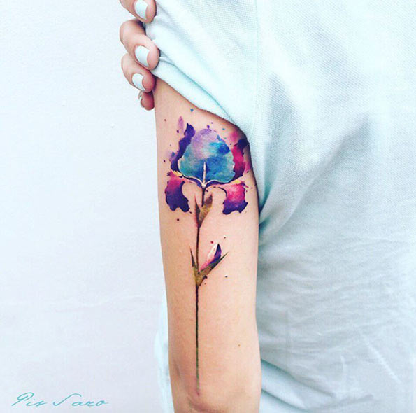 tatuagem feminina aquarela para braço 2021