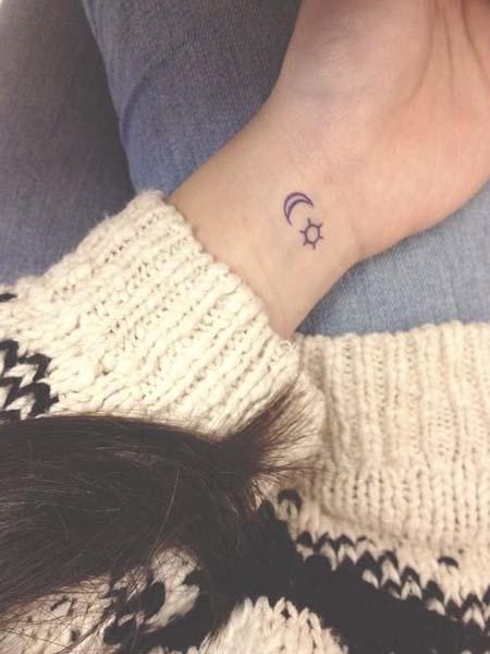 tatuagem feminina delicada pequena 2021