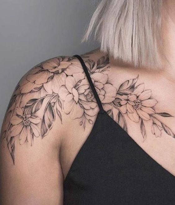 tatuagem feminina nos ombros 2021