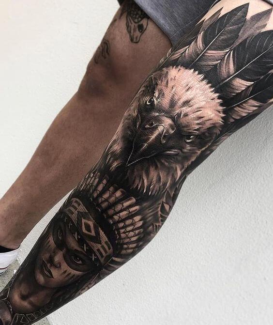 Tatuagem de animais na perna