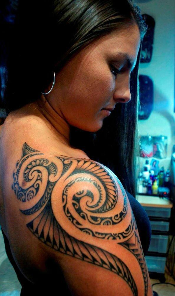 tatuagem no ombro tribal 2021