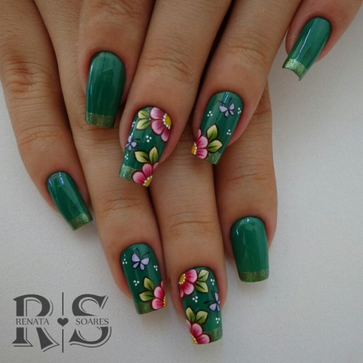 unha decorada verde com flores 1
