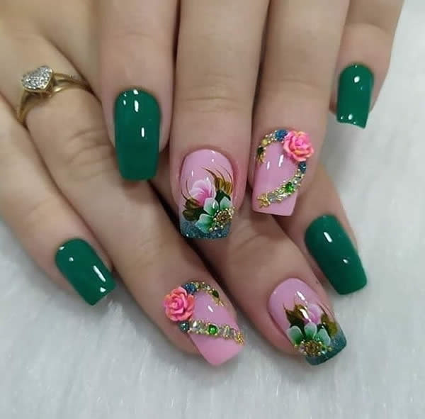 unha decorada verde com flores 2