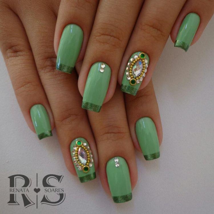 unhas decoradas verdes francesinha 2