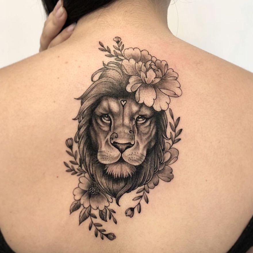 Tatuagem feminina de leão 2021