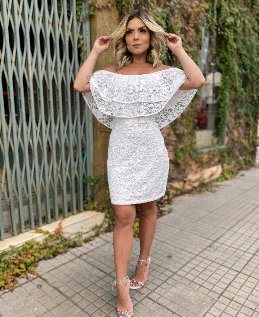 Vestido branco ciganinha