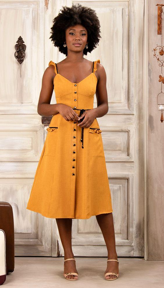 Vestido amarelo midi