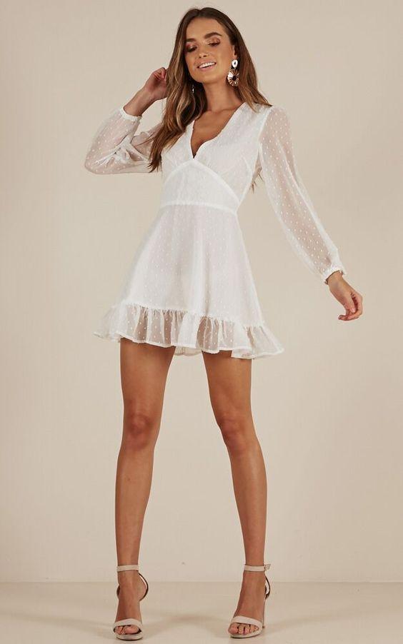 vestido branco curto