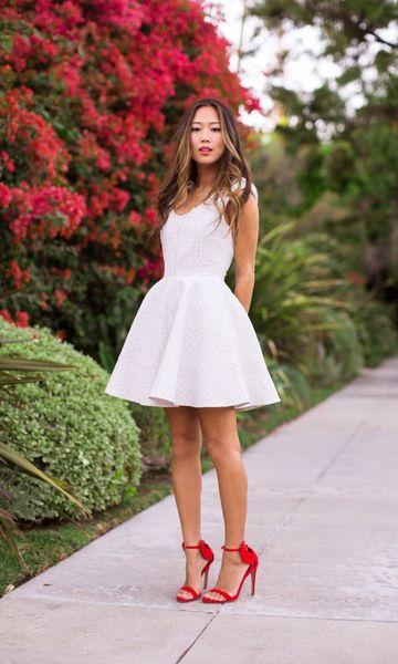 vestido branco godê