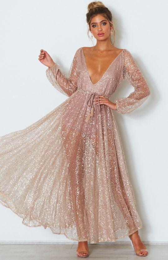 vestido com transparência rosa