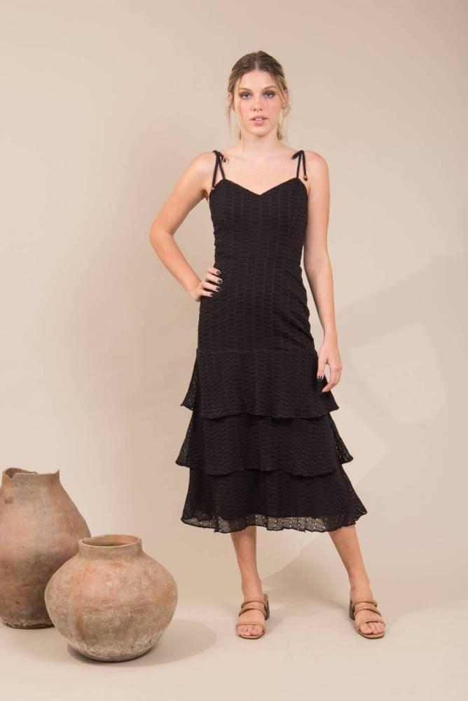 vestido midi com saia em camadas 2021