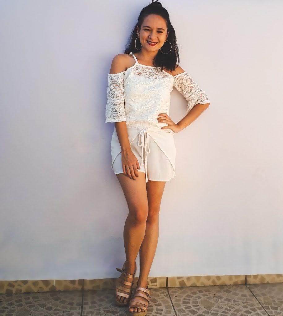 conjunto branco para Ano-Novo