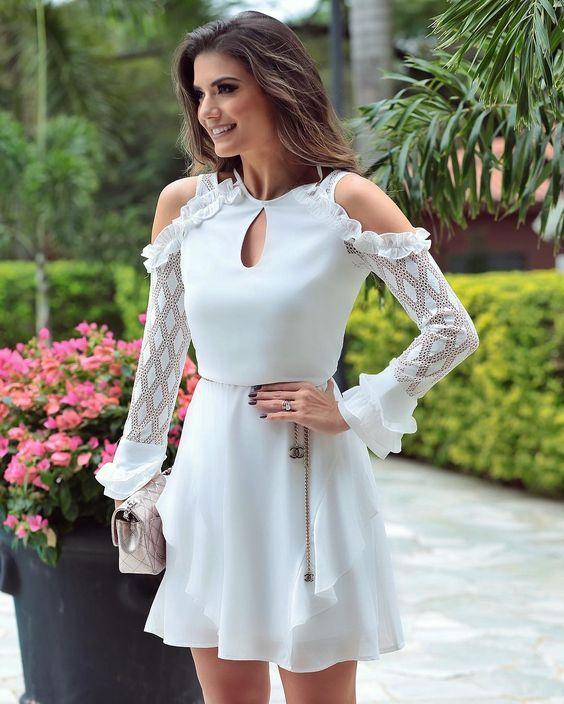vestido curto branco com renda