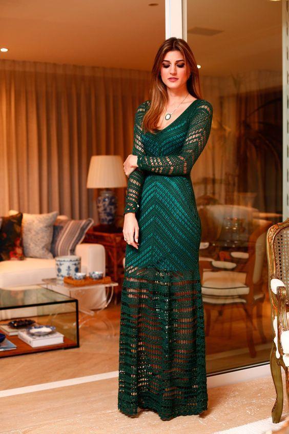 vestido longo verde-escuro